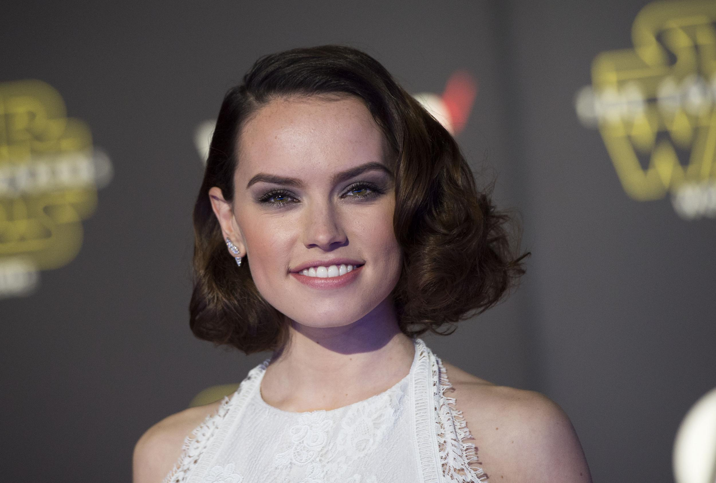 Daisy Ridley confirma conversas para interpretar Lara Croft