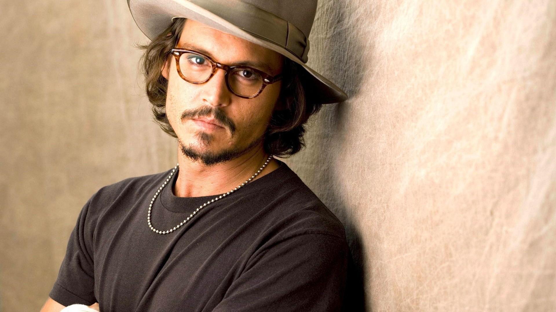 Johnny Depp pode substituir Michael Keaton em Beetlejuice 2