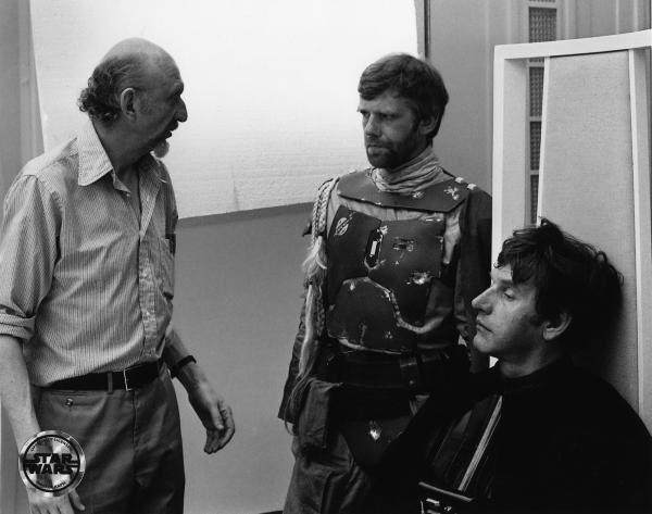 Irvin Kershner, diretor de O Império Contra-Ataca, conversando com Boba Fett e Darth Vader